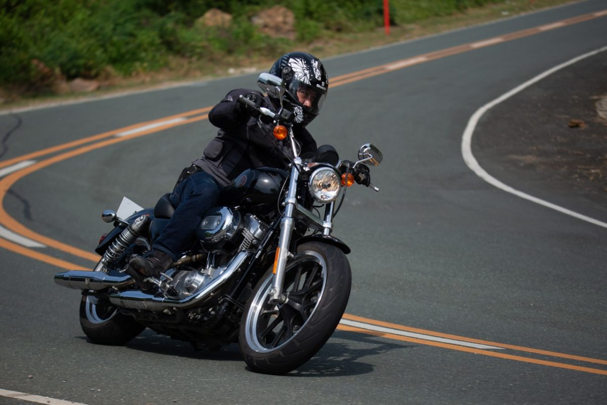 Bike Review Harley Davidson Sportster Xl 883 Superlow C Magazine
