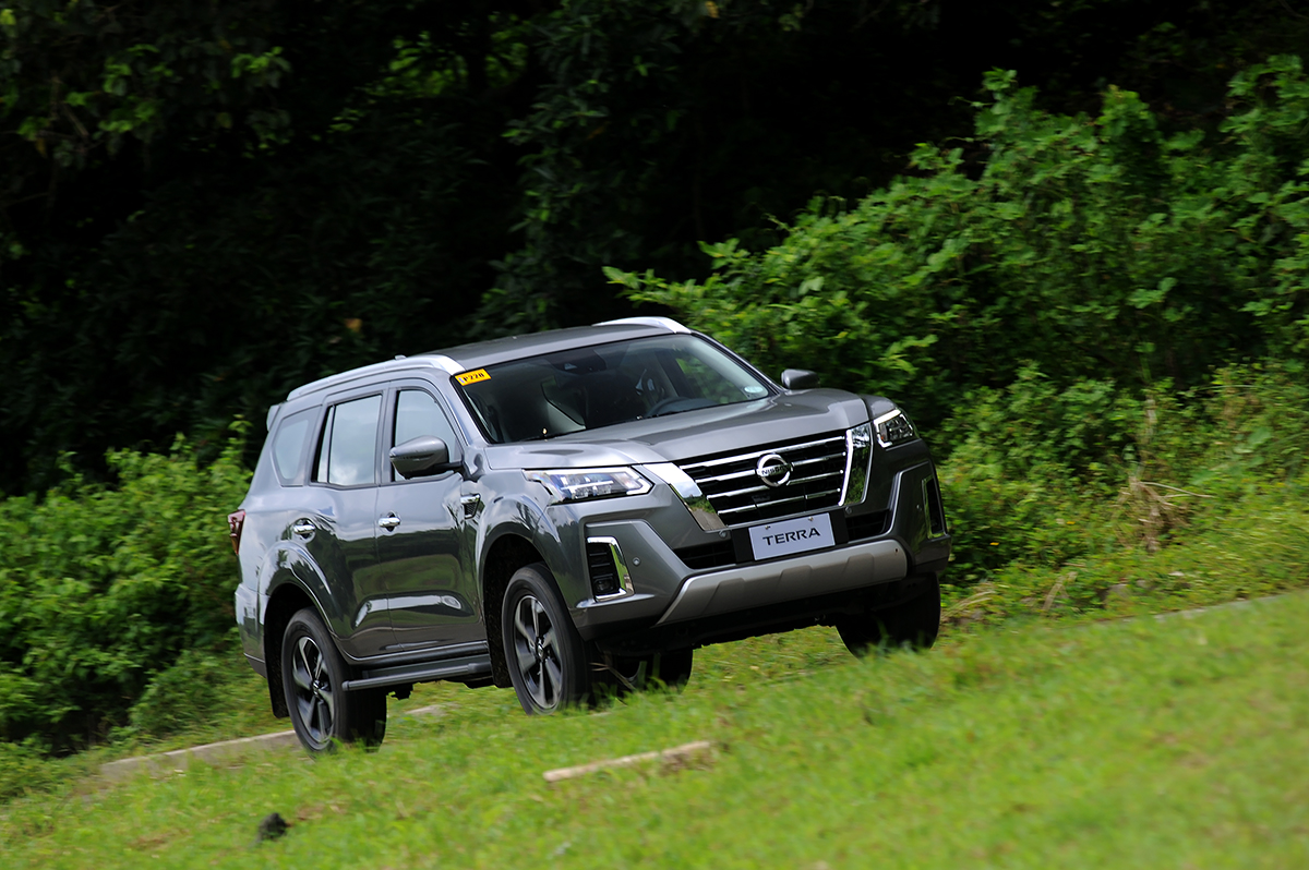 the 2022 Nissan Terra in gray running front view